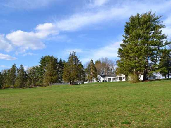 558 Round Hill Road: 8.04 acres for $3.995M. Several offers, quick deal. Listed by Amy Balducci & Gideon Fountain. And yes, Chris Fountain, those clouds are REAL!