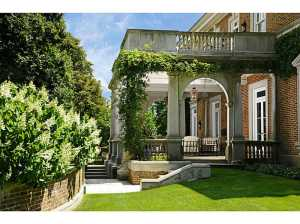 555 Lake Ave, $26.5M, another Dinyar Wadia masterpiece. Should we add $1.2M to the selling price?