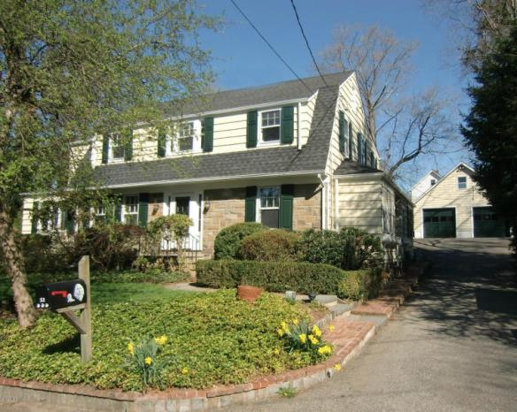 12 Rockview Drive, just off the beginning of Lake Ave, near Grwch Hospital, $1.395M...gone to contract!