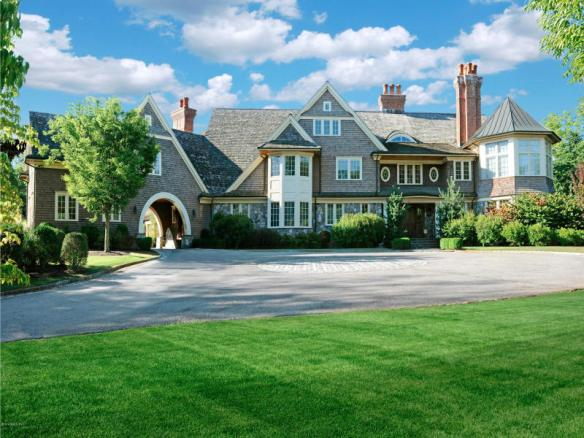 A spec story gone bad. 170 Old Mill Road fetched $8.850M, 2006. Closed today for $4.9M.