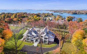 14 Dawn Harbor Lane, $5.995M. List: JoAnn McCarthy
