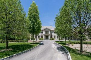 9 Oakley Lane, $11.995M. List: Steve Archino.