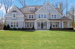 22 Welwyn Lane, $4.595M. List: Linda Collins.